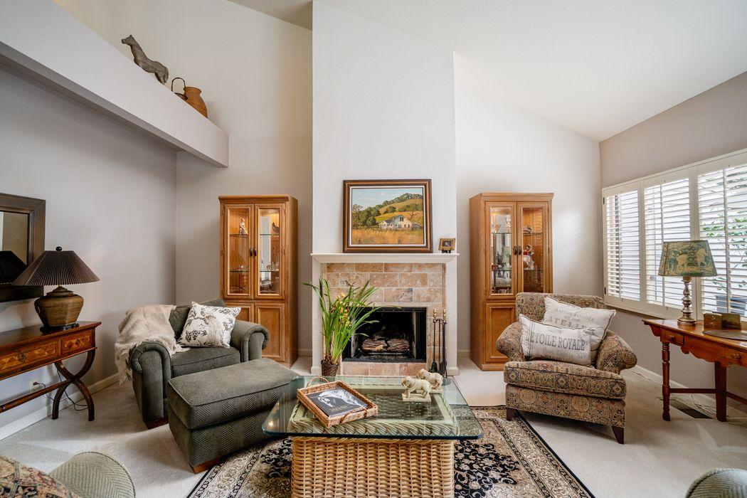 114 White Oaks Lane Carmel Valley, CA 93924