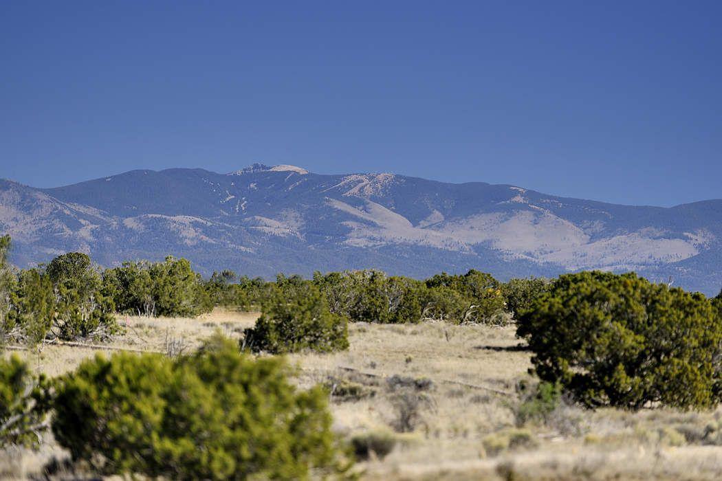 20 Via Oso, Lot 3 Santa Fe, NM 87506
