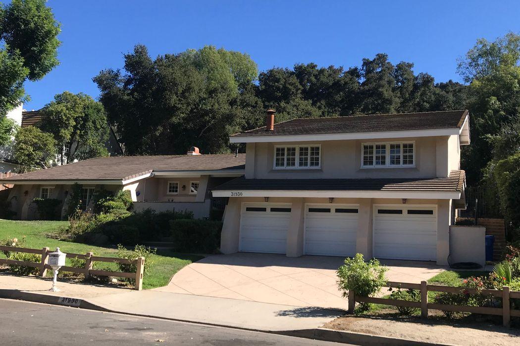 31930 Foxfield Drive Westlake Village, CA 91361
