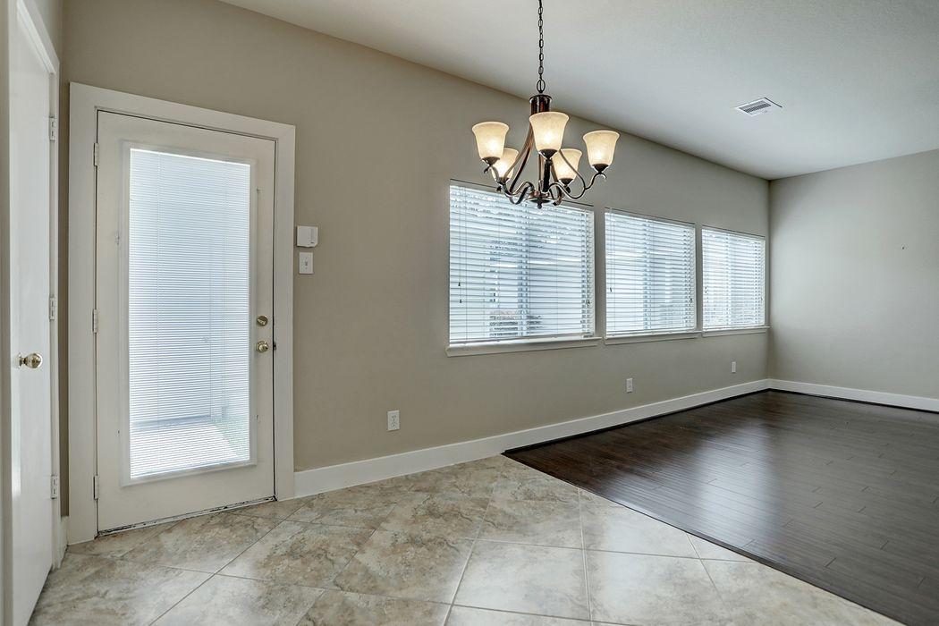 26852 Manor Crest Court Kingwood, TX 77339
