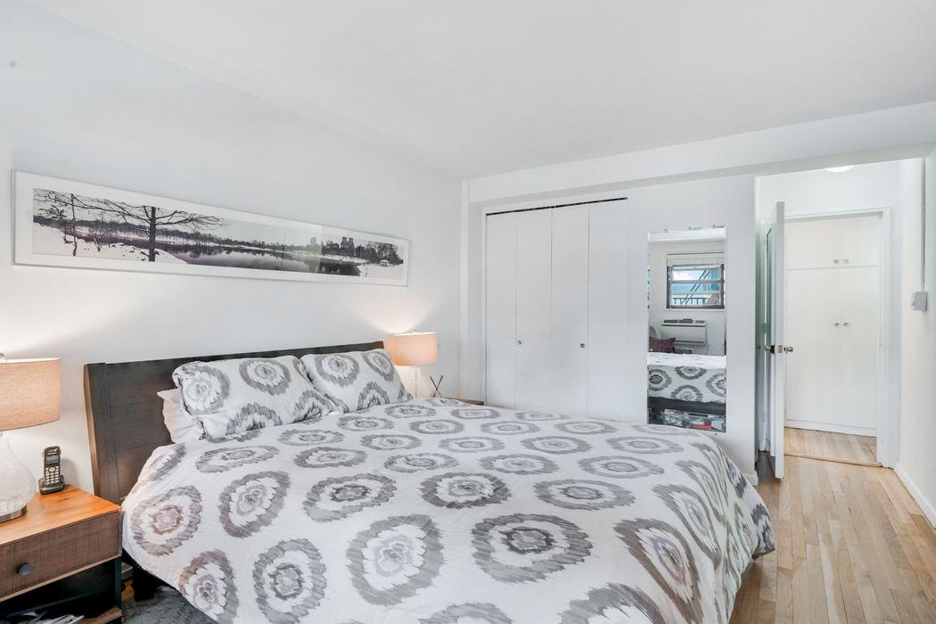 140 Seventh Avenue New York, NY 10011