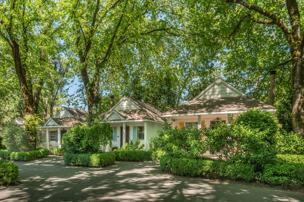 1711 Lincoln Ave Calistoga, CA 94515