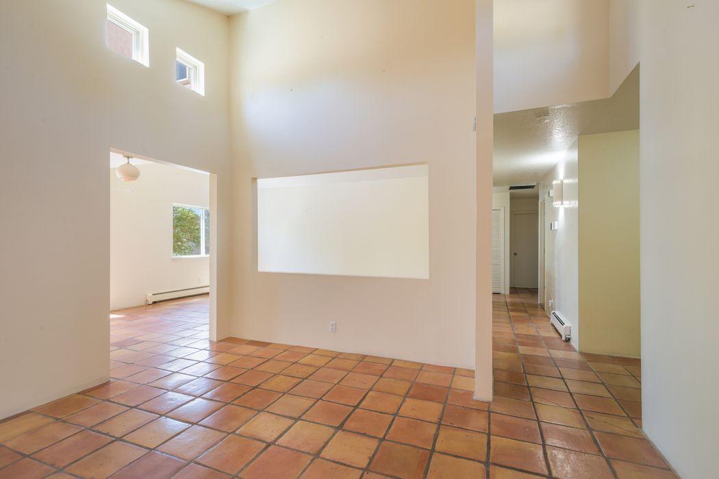 2159 Candelero Street Santa Fe, NM 87505