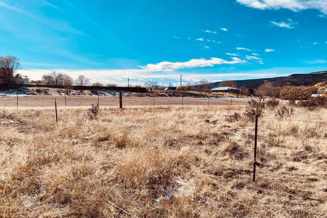 Racr Road 41, Lot Ducharme Velarde, NM 87582