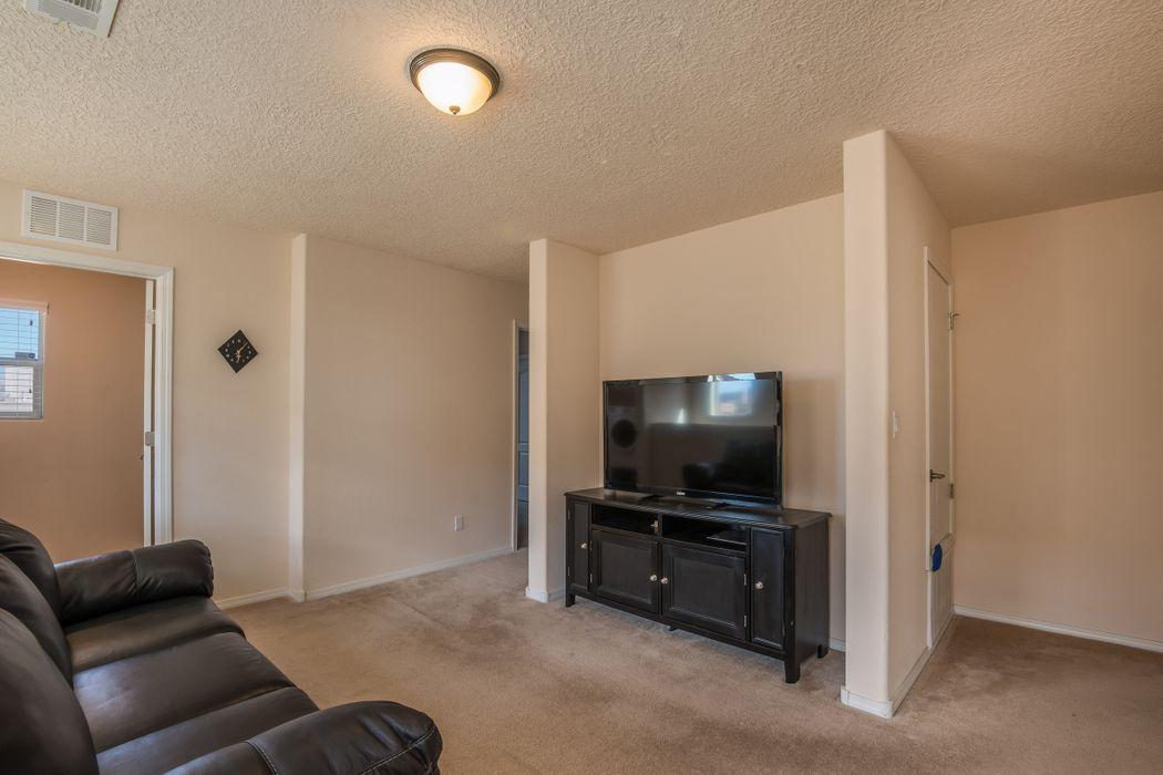 3804 Montana Verde Santa Fe, NM 87507