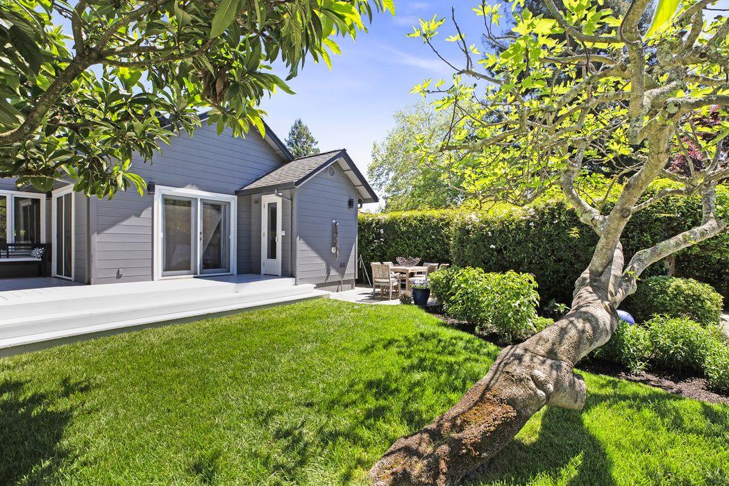 841 Donner Ave Sonoma, CA 95476