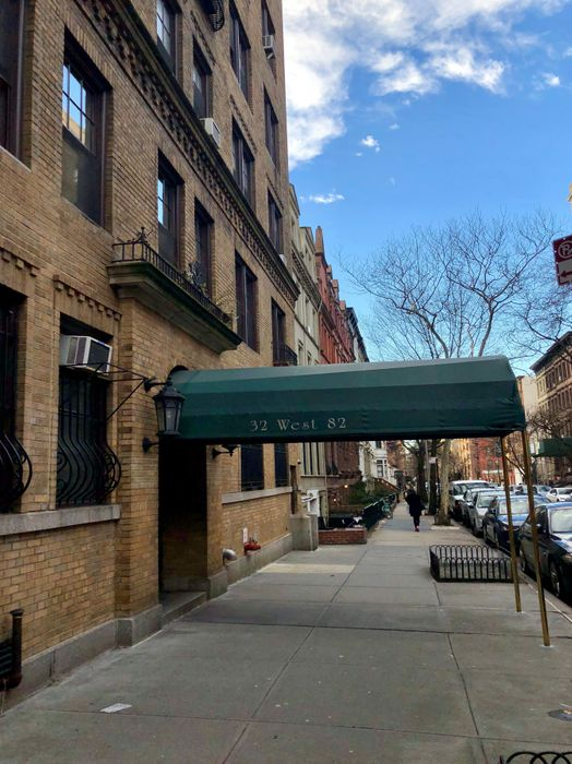 32 West 82nd Street New York, NY 10024