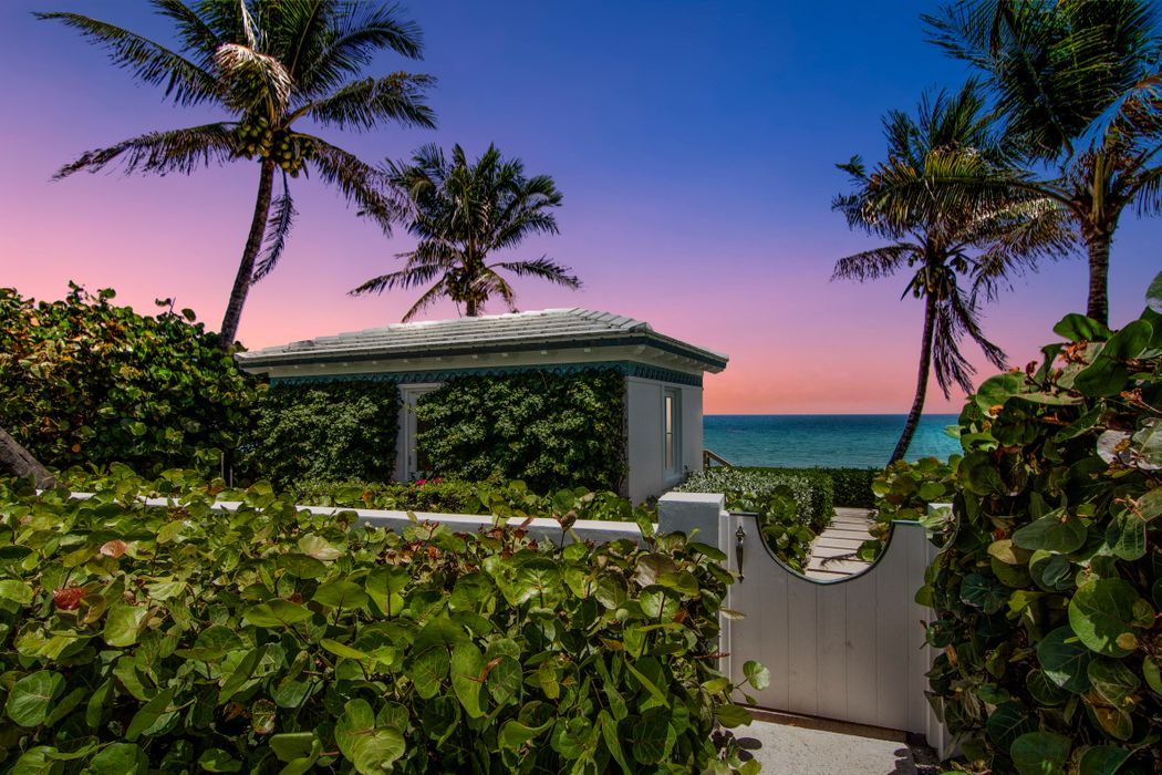 101 Nightingale Trl Palm Beach, FL 33480