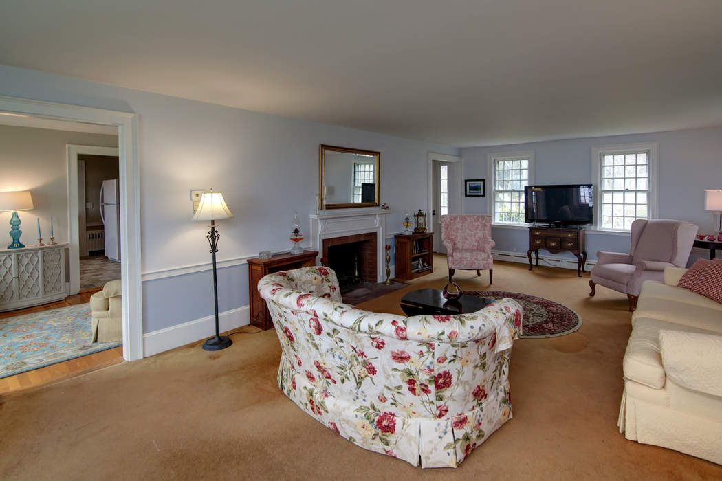 22 Dusty Miller Road Falmouth, MA 02540