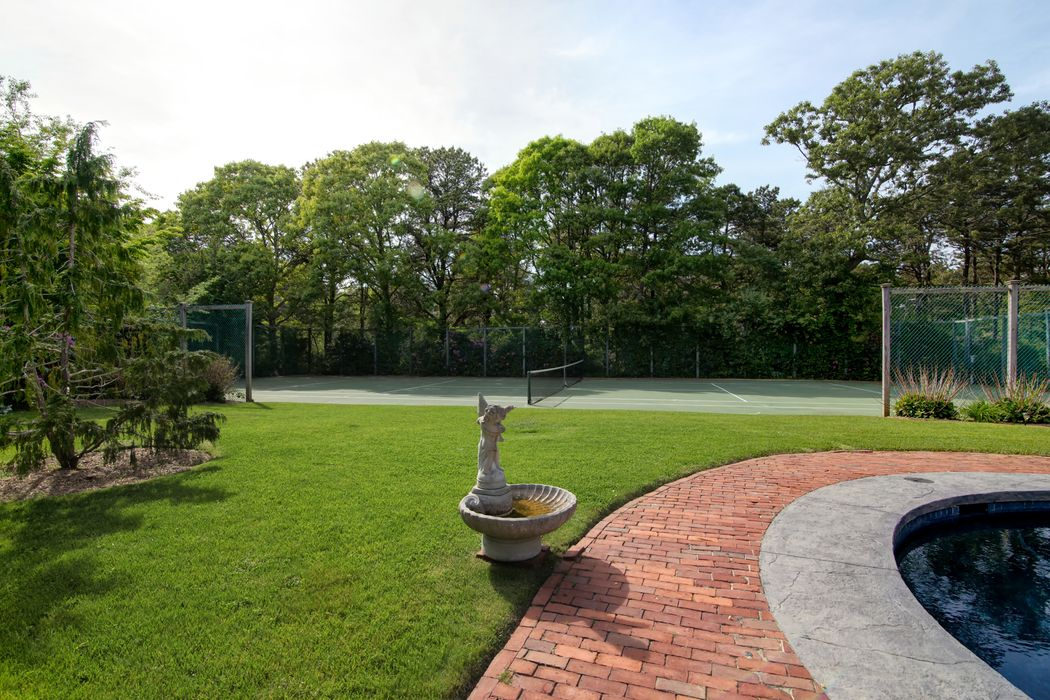 308 Eel River Road Osterville, MA 02655