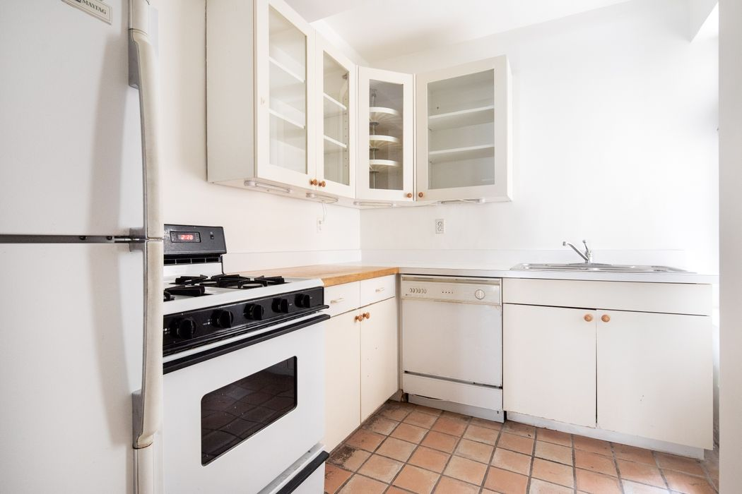 2 Sutton Place South New York, NY 10022