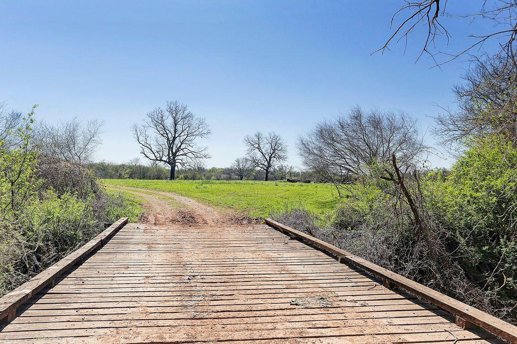 2455 Brazos River Lane Chappell Hill, TX 77880