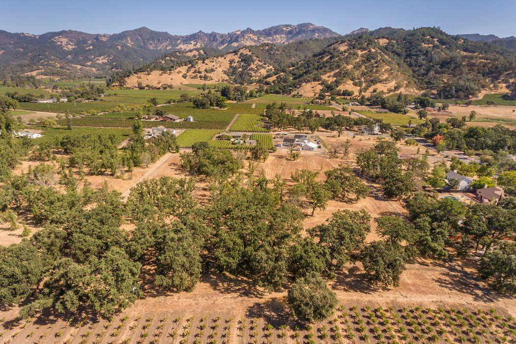 2400 Grant St Calistoga, CA 94515