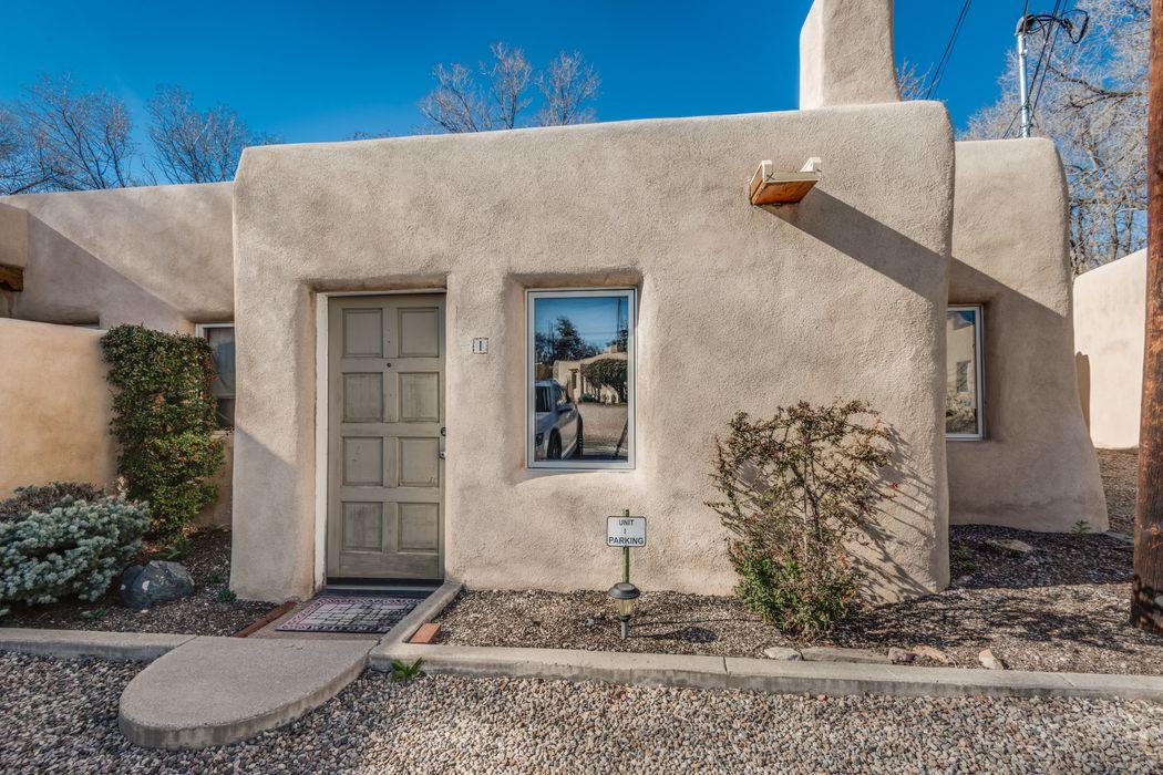 115 W Santa Fe Avenue, Unit I Santa Fe, NM 87505