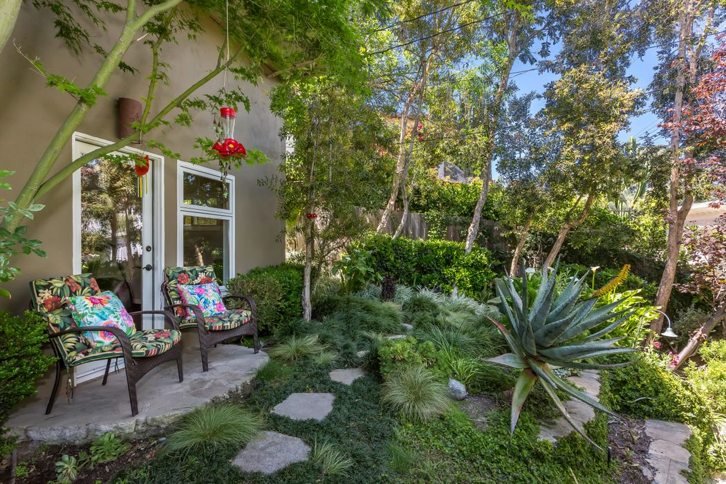 13463 Rand Drive Sherman Oaks, CA 91423