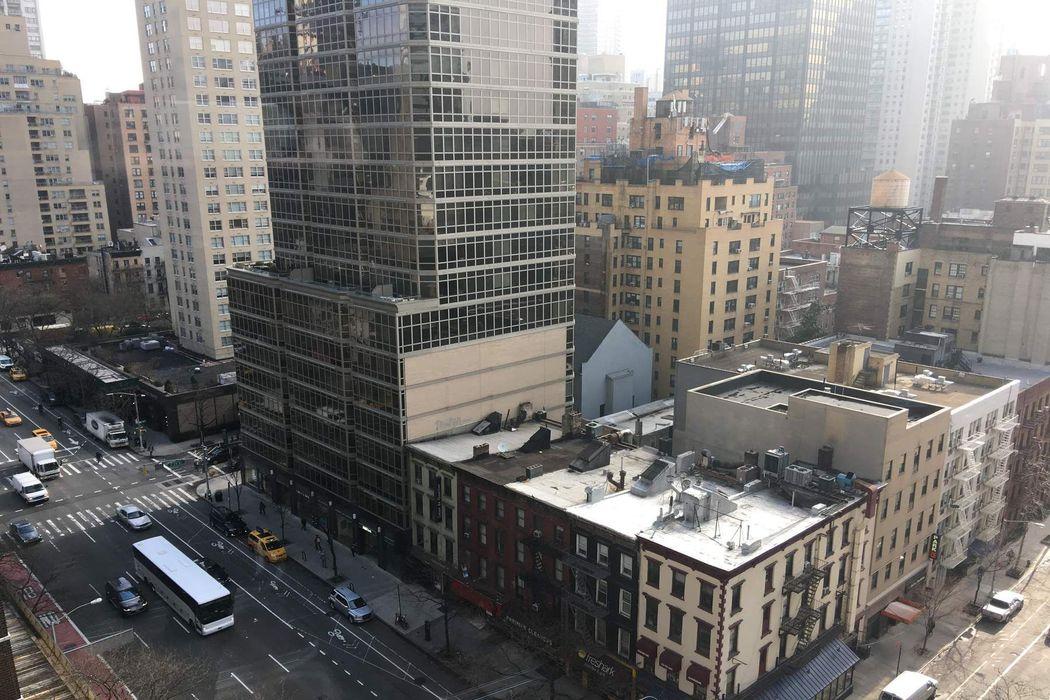 250 East 54th Street New York, NY 10022