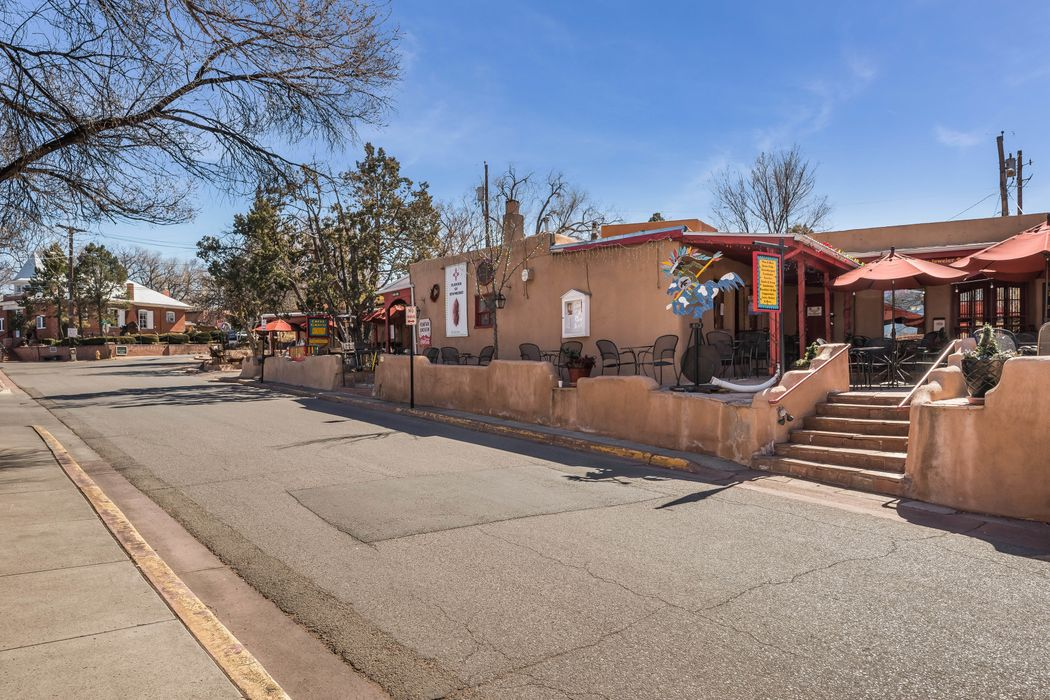 233 Canyon Rd Santa Fe, NM 87501
