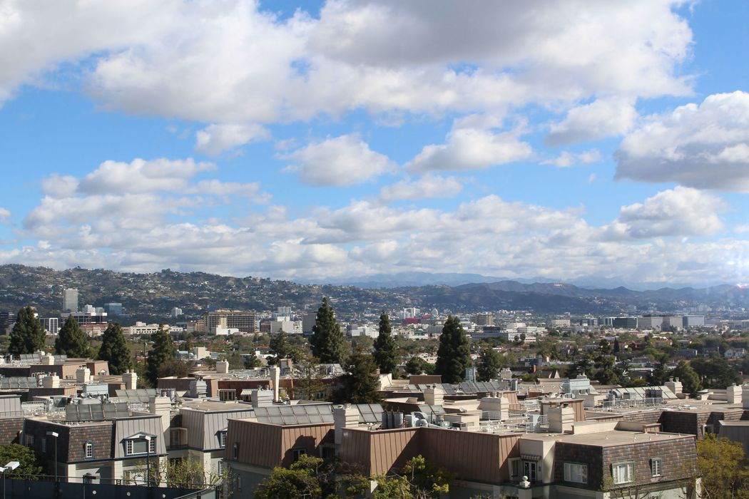 2220 Avenue Of The Stars Los Angeles, CA 90067