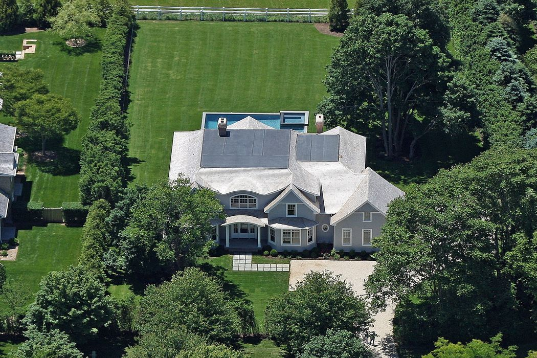 8 Meadow Court Bridgehampton Ny 11932 Sotheby S