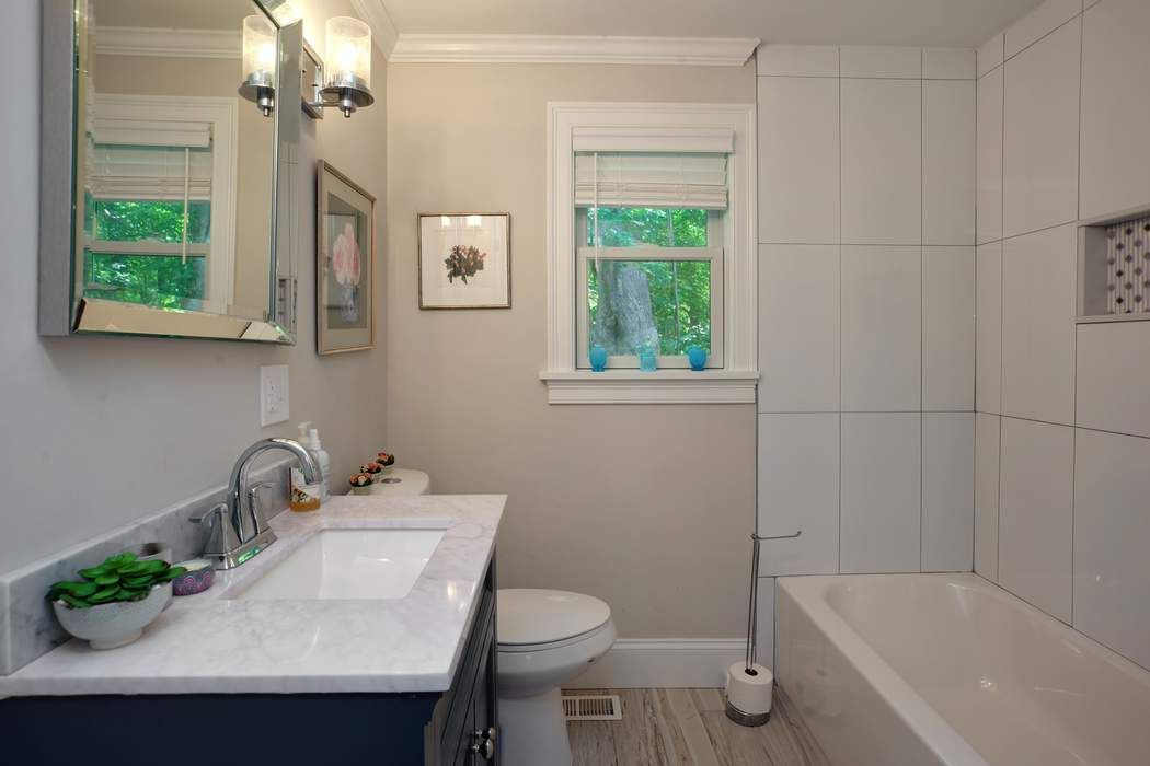 38 Greenwood Ave. Hyannis, MA 02601