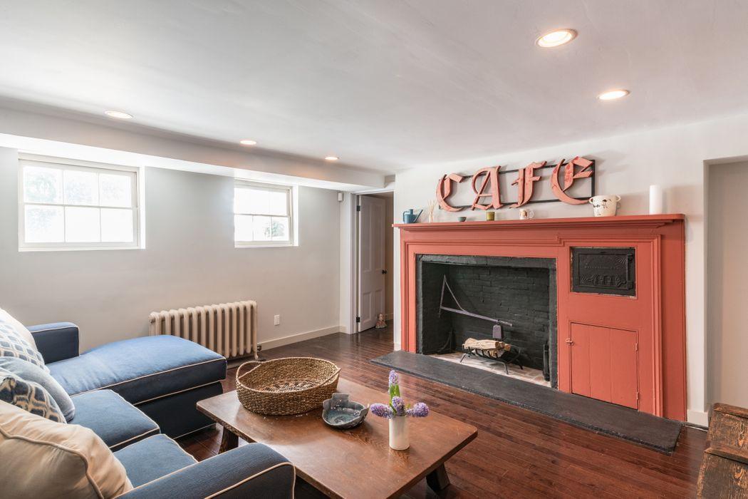12 Suffolk Street Sag Harbor, NY 11963