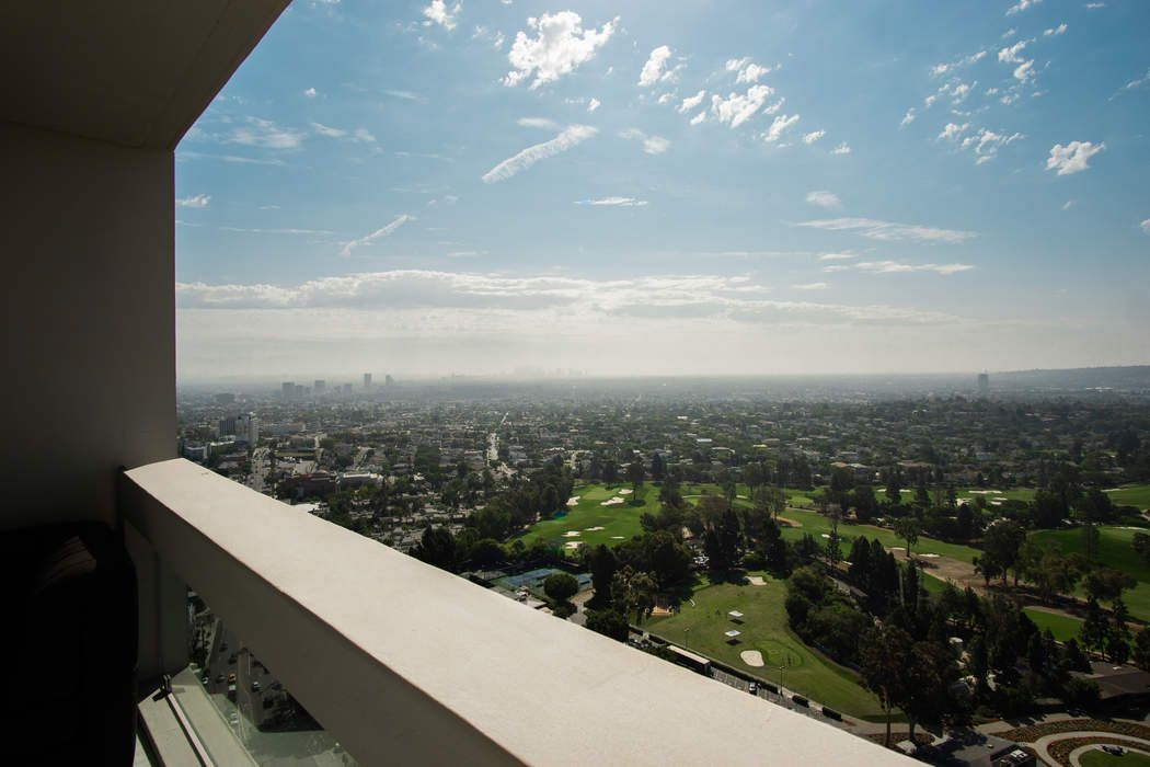 2222 Avenue Of The Stars #2706 Los Angeles, CA 90067
