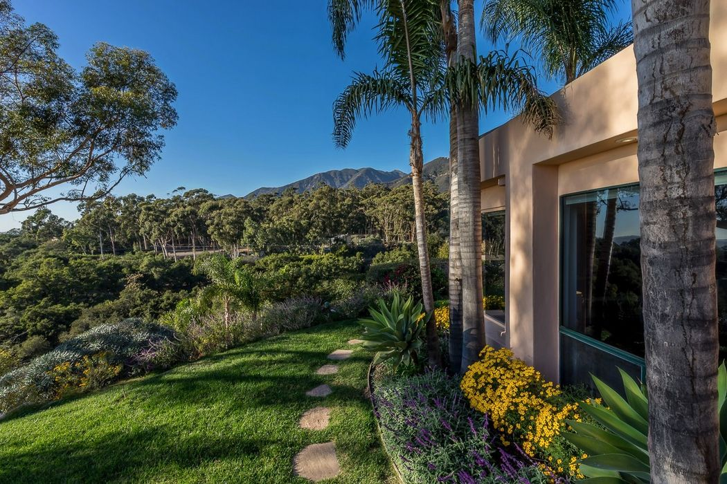 2891 Hidden Valley Lane Santa Barbara, CA 93108