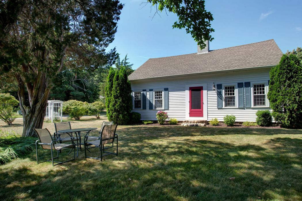 2 Plow Penny Way Bourne, MA 02532