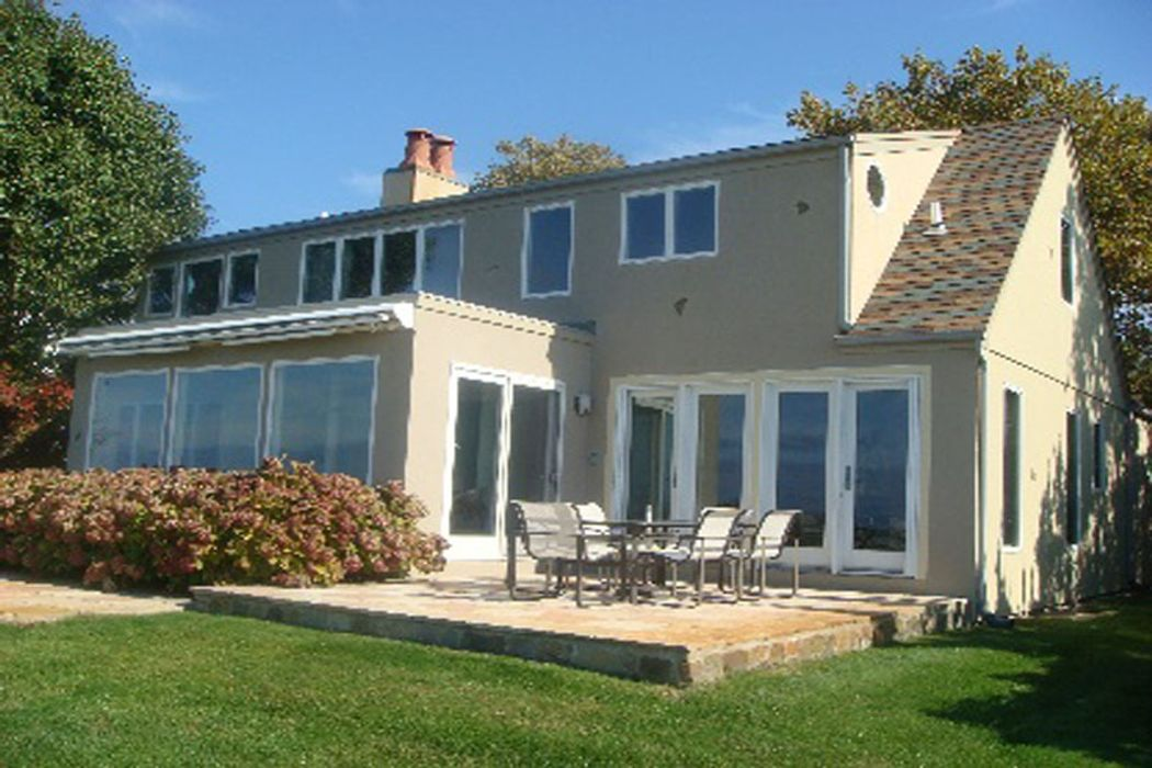 Waterfront Gem Southampton, NY 11968