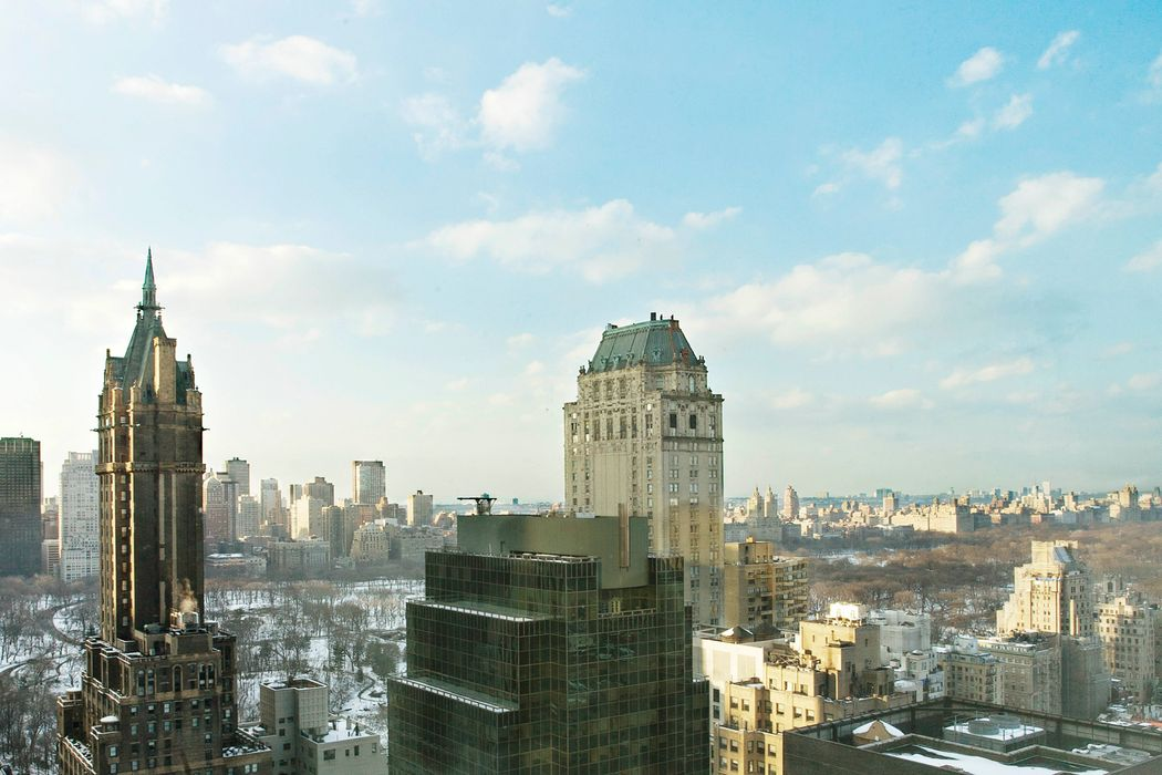 500 Park Avenue – Condo, Glamour & Views
