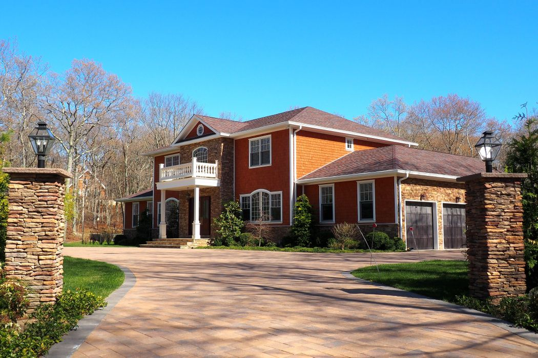 First Opportunity to Rent Custom Home Southampton, NY 11968
