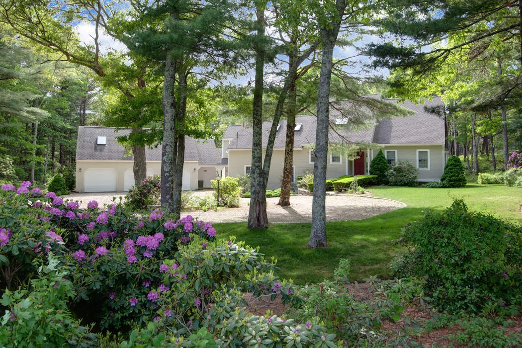 292 Grand Island Drive, Osterville, MA