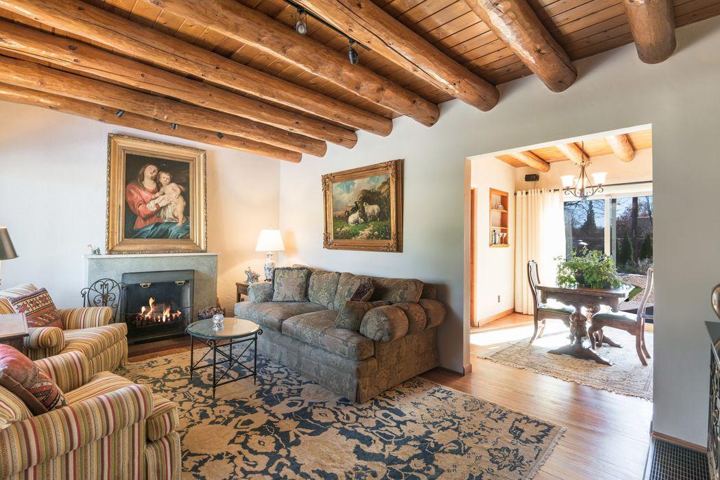 1950 San Ildefonso Rd Santa Fe, NM 87505