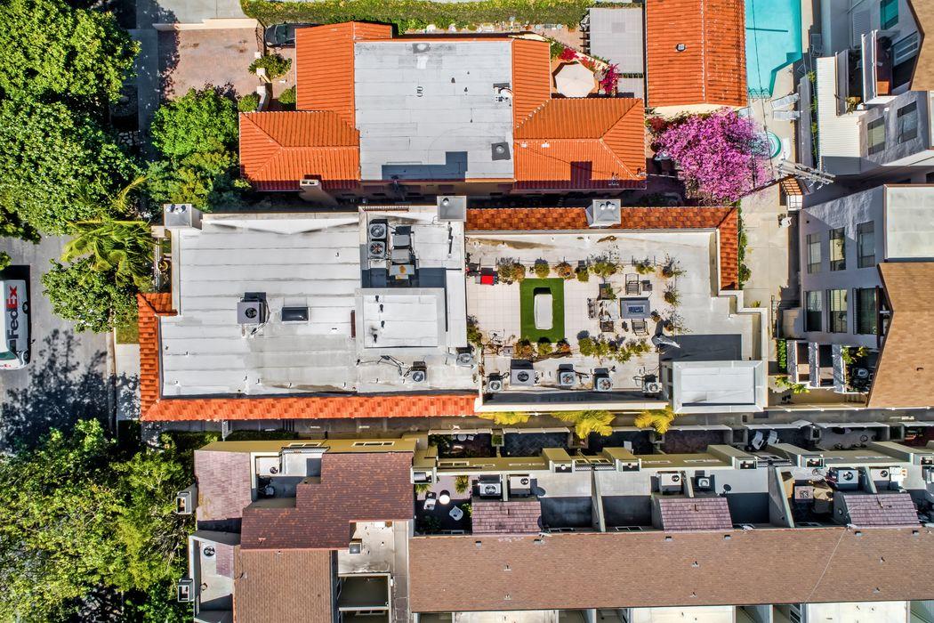 1540 South Bentley Avenue Los Angeles, CA 90025