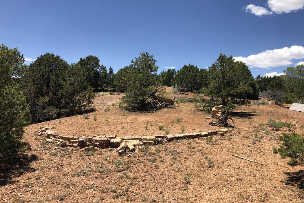 6 Quartz Trail Santa Fe, NM 87505