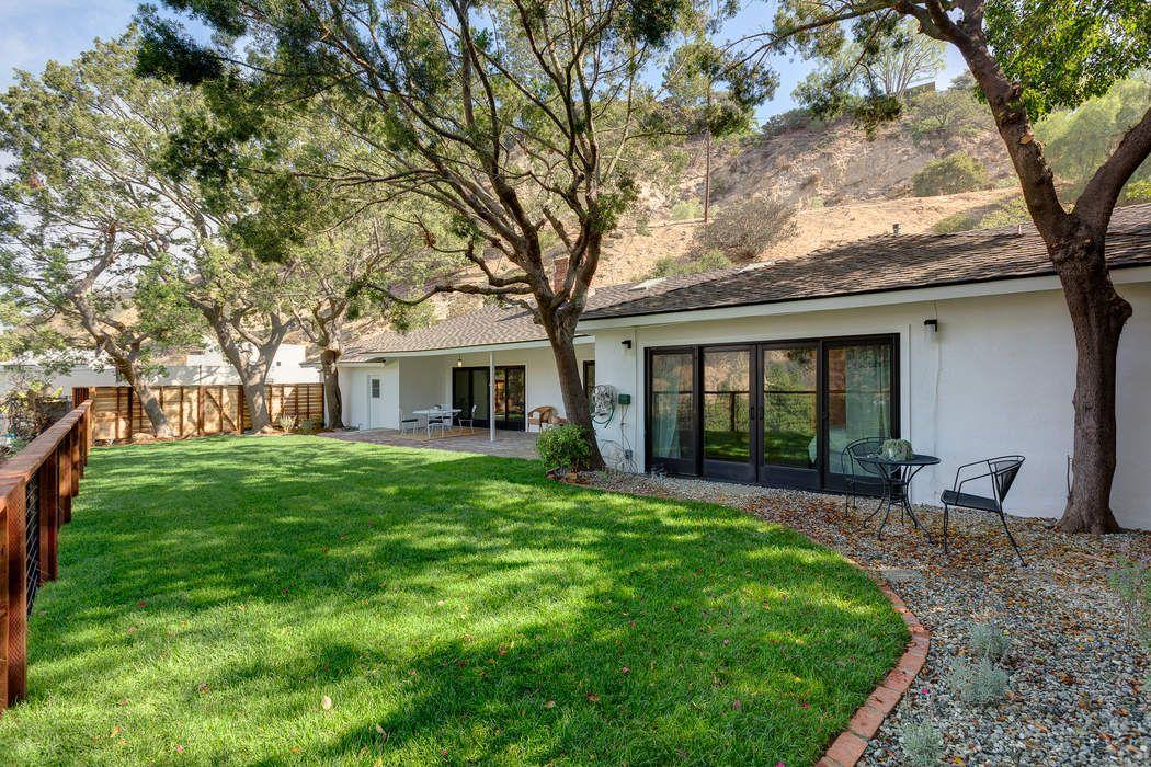 3515 Oakfield Drive Sherman Oaks, CA 91423