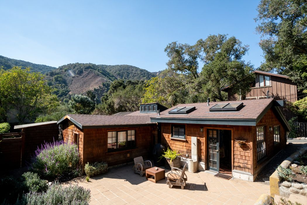 Carmel Valley Village Cottage