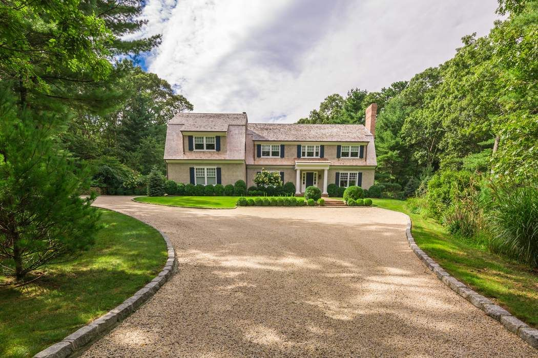23 Bull Run East Hampton, NY 11937