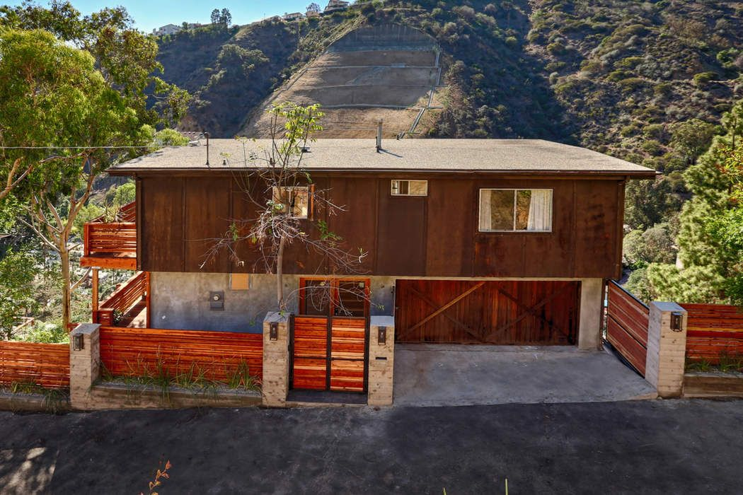 Hollywood Hills Mountain Hideaway Lease