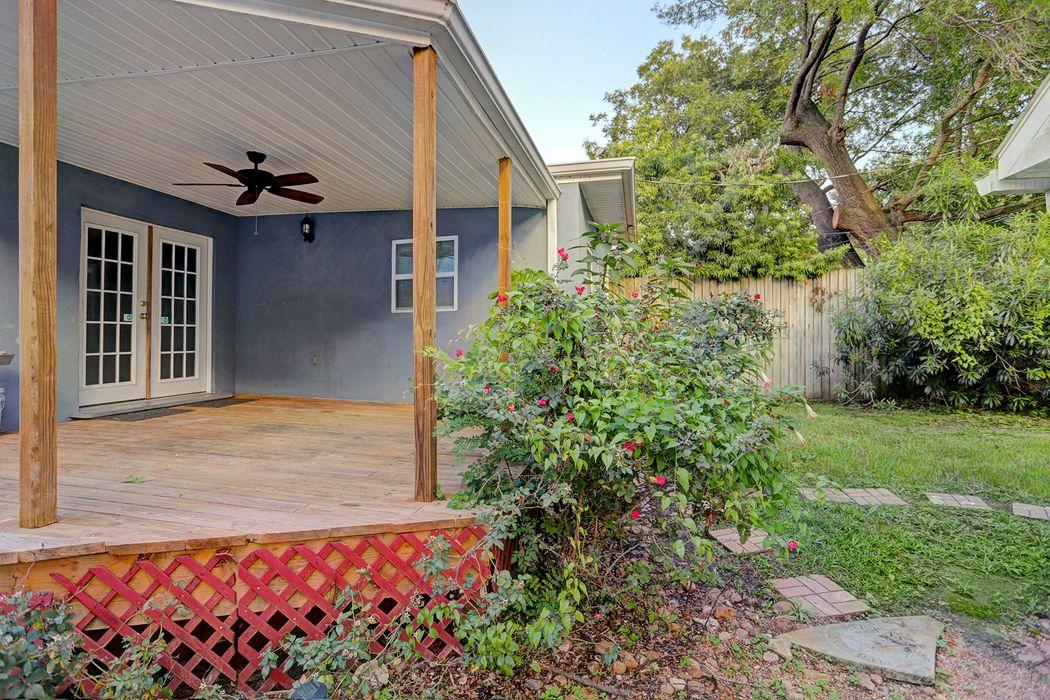 1935 Norfolk Street Houston, TX 77098