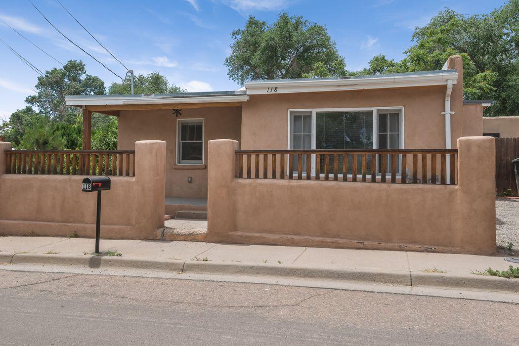 118 Sam St Santa Fe, NM 87501
