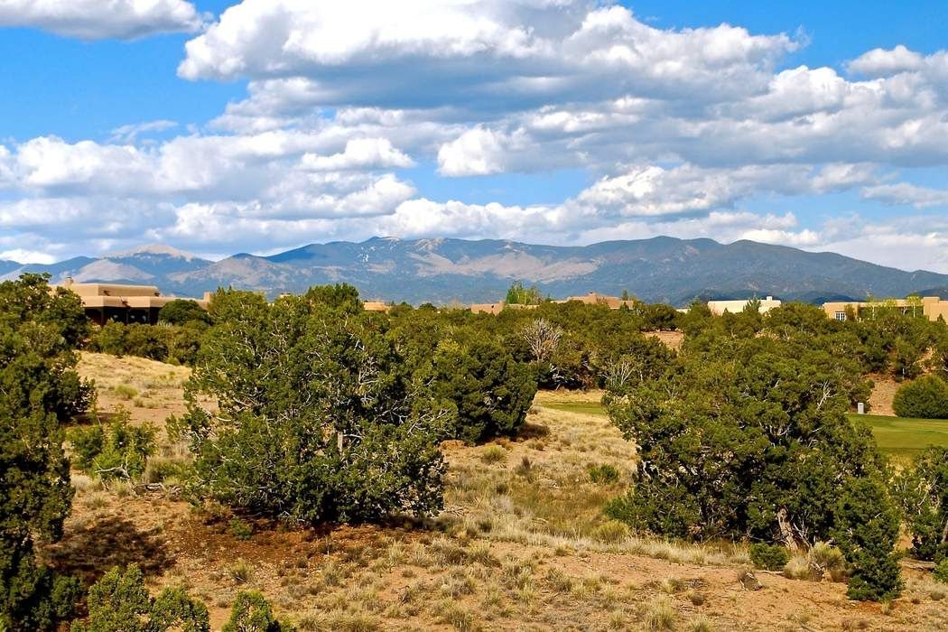 18 Via Pampa Lot 14 Santa Fe, NM 87506