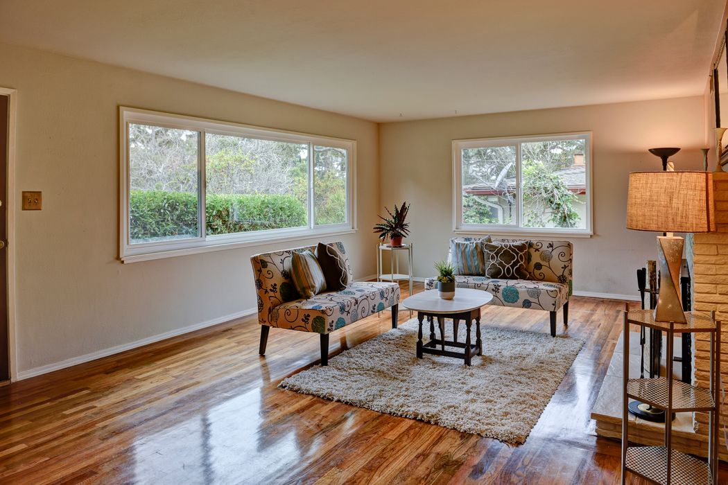 854 Sunset Drive Pacific Grove, CA 93950