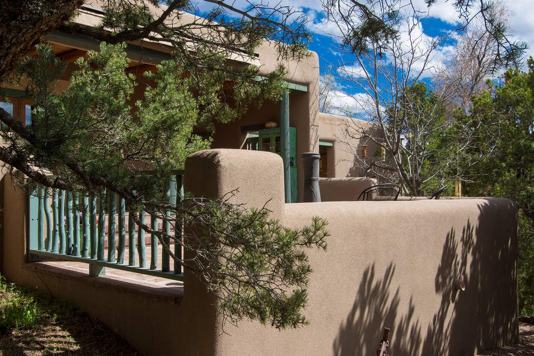 600 Camino Rancheros Santa Fe, NM 87505