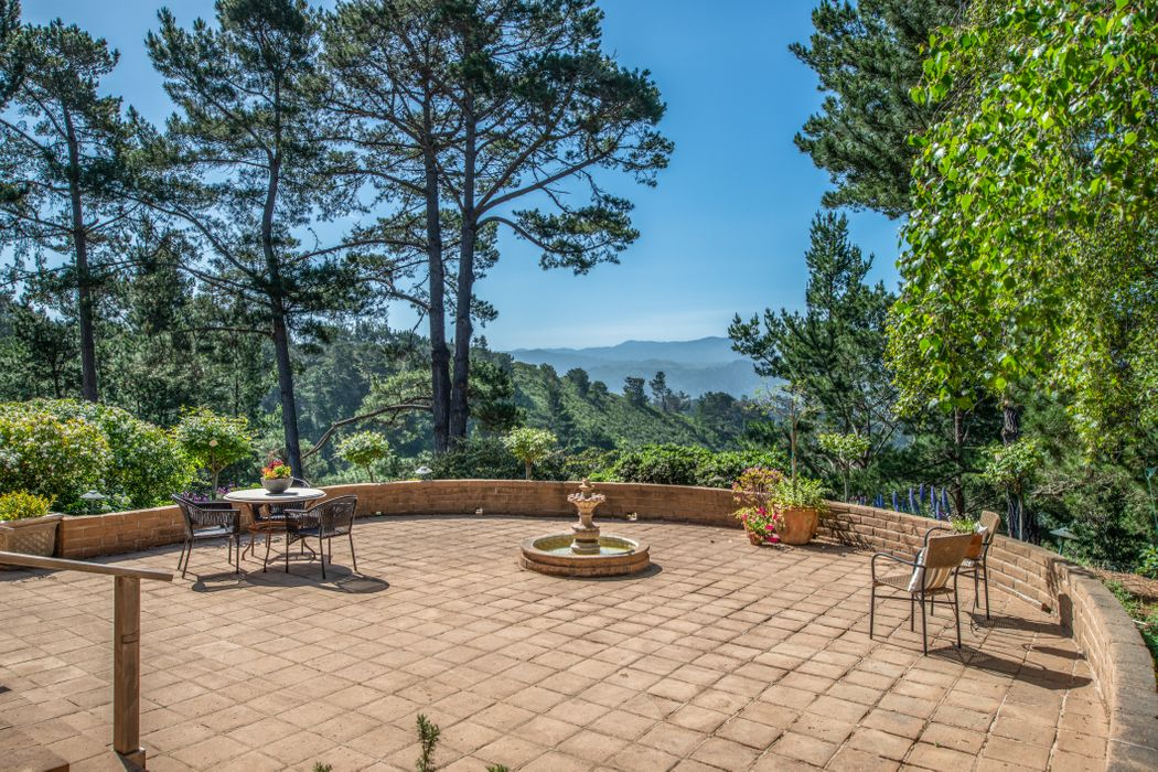 3627 Eastfield Road Carmel, CA 93923