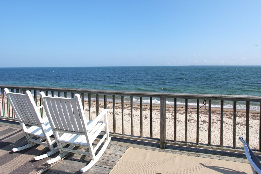 Beachfront Bungalow Falmouth, MA 02540