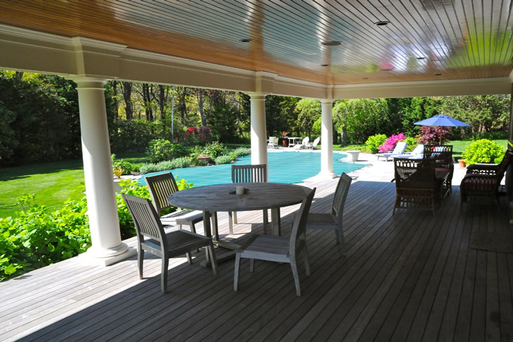 Special  Waterview Home Southampton, NY 11968