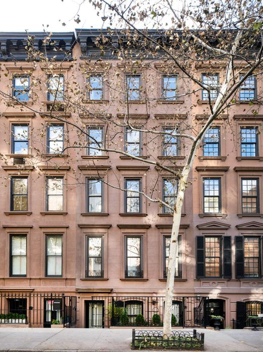 132 East 62nd Street New York, NY 10065