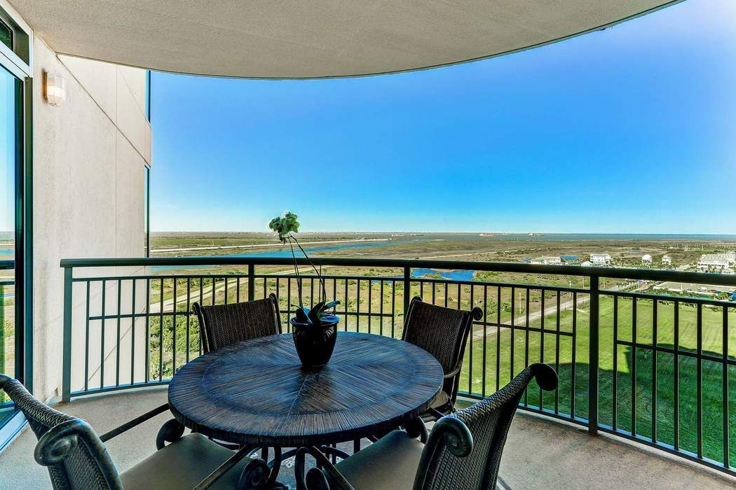 801 East Beach Drive Galveston, TX 77550