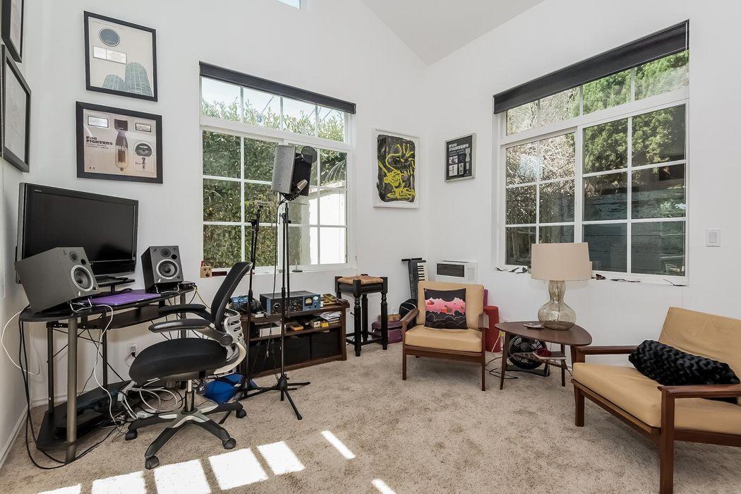 4261 Beethoven Street Los Angeles, CA 90066
